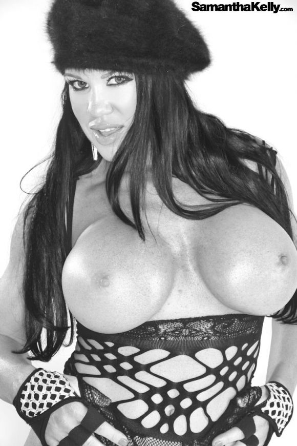 Samantha Kelly Big Boobs Classic Black & White