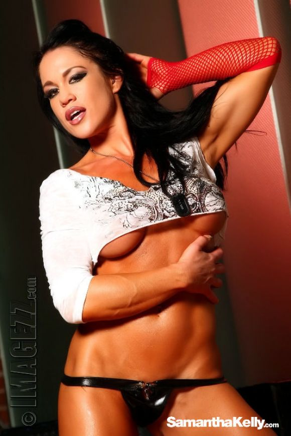 Samantha Kelly Muscle Vixen Topless