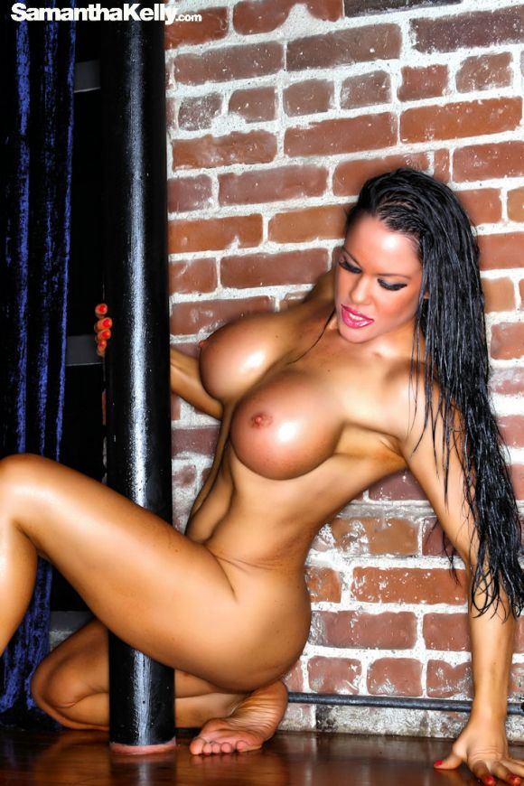 Samantha Kelly Erotic Lean and Nude