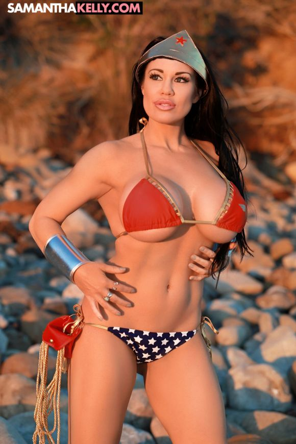 Samantha Kelly is Wonder Woman