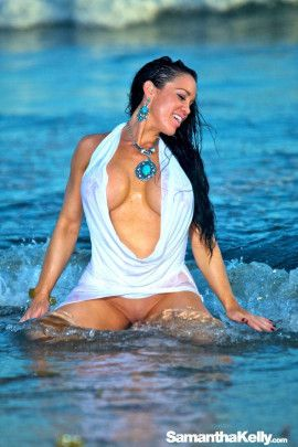 Samantha Kelly hot white wet dress