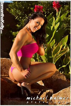 Samantha Kelly amazing beauty in pink