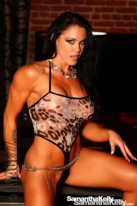 Samantha Kelly wearing the hottest outfit showing off her lean muscle