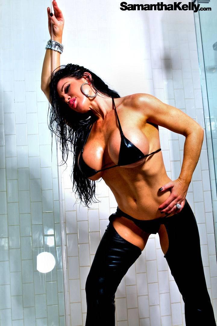 Samantha Kelly Big Wet Boobs thumb 1