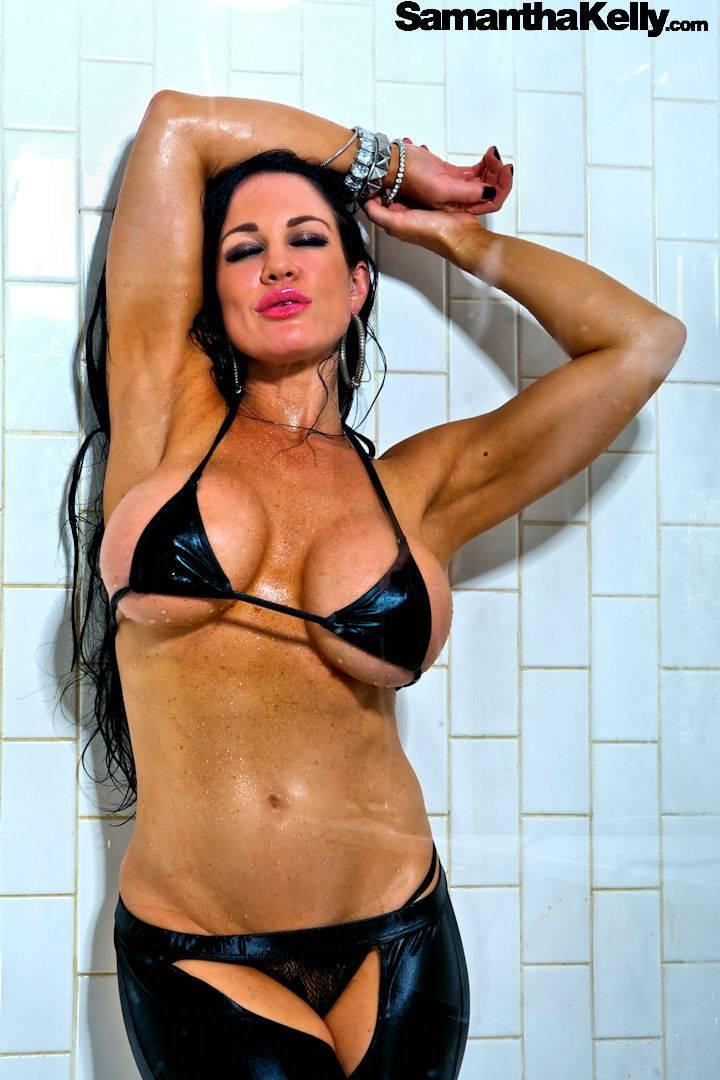 Samantha Kelly Big Wet Boobs thumb 2