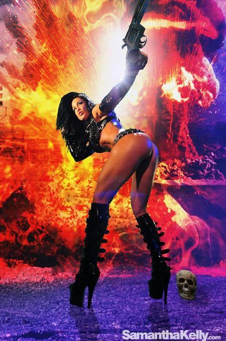Samantha Kelly La Femme Terminator Topless thumb 1