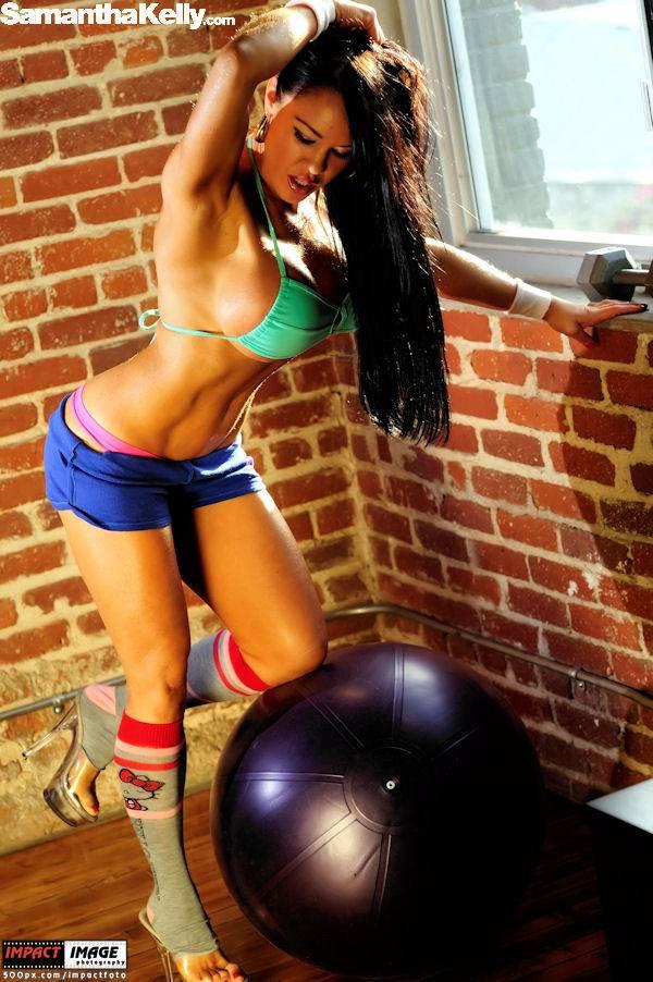 Samantha Kelly Make Me Sweat Topless thumb 2