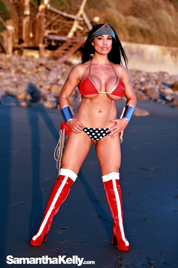 Samantha Kelly Wonder Woman at the Beach thumb 1