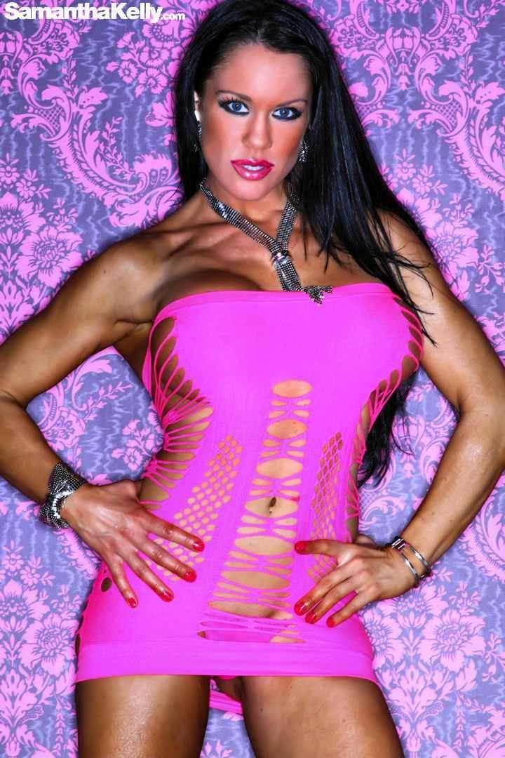 Samantha Kelly lean and topless thumb 1