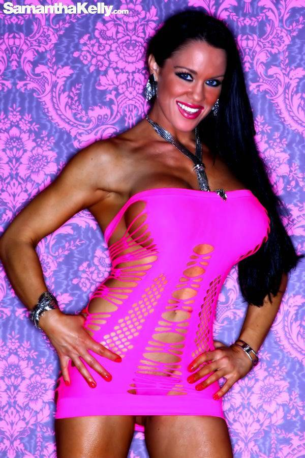 Samantha Kelly lean and topless thumb 2
