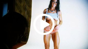 Samantha Kelly behind the scenes on american curves photo shoot